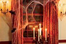 Seasonal Decor / Seasonal decorating inspiration for entryways and windows.