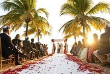 Beautiful Beach Weddings / All about weddings at the beach!