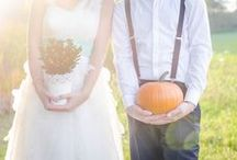Halloween Wedding / Having a themed #HalloweenWedding? Find great #HalloweenWeddingIdeas and tips. As well as fun & fabulous #HalloweenWeddingInvitations!