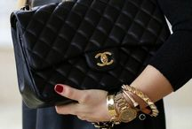 Accessorize: Purses Please / by Ashleigh Irwin