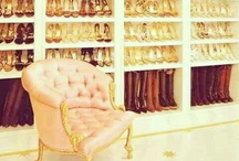 Home: Cool Closets / by Ashleigh Irwin