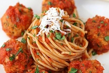 Foodie: Pasta / by Ashleigh Irwin