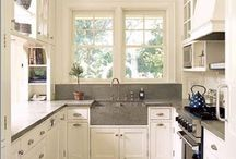 Kitchen / by Crystal Hickey