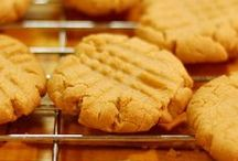Holiday Cookie Swap / Can't you just smell the sweet cinnamony goodness?