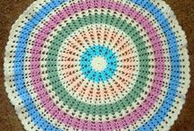 Round Crochet Blanket Patterns / Sometimes you need to think outside the box, that's when you turn to a round crochet blanket pattern. Whether it's a round ripple crochet pattern or a crochet star, we've got you covered.  / by AllFreeCrochetAfghanPatterns