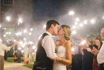 Wedding Sparkler Shots / I love sparklers and fireworks at weddings. Here's some epic shots.