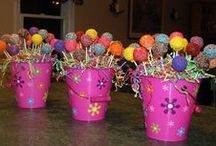 Pretty Party Ideas / Need party ideas for your child's birthday party? These DIY crafts are fun ways to make your special party even better. Sock Monkey party, baby showers, or 4th of July party. Food and decorations.