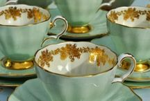 Dd✏VINTAGE CROCKERY / TEAPOTS, /CUPS /Teacaddys☔ / Vintage crockery, a range of silverware, glassware, bonechine, are the most beautiful for especially parts. ☔