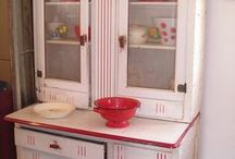 Decorated Spaces>>Red-&-White / by Sharon Corcilius
