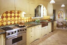 kitchens / by Amy Renee