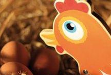 PREMIER ÂGE / Dans cette gamme, l'équipe House of Toys élabore des jeux et jouets d'éveil en bois pour les tout-petits, pour favoriser le développement de la coordination œil / main et encourager la motricité : jouets en bois à tirer, boîtes à formes en bois, jouets en bois à encastrer, jouets en bois à empiler. Des jeux et jouets en bois ludiques, éducatifs et imaginatifs pour apprendre en s'amusant et grandir en douceur !