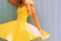 Adorable Dresses / by Leanne Mindin