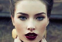 Pretty Woman, Walking Down The Street / #beauty #women #pretty / by Bobbie Ann