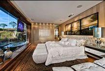 Bedroom / by Adriana Scopel
