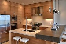 Integrated Kitchen / by Adriana Scopel