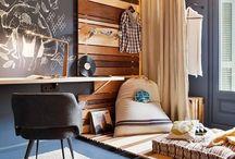 Teen's bedroom / by Adriana Scopel