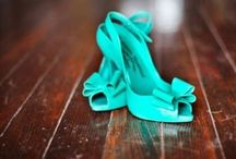 Shoes,Shoes,SHOES! Yes please! / Heels, shoes, love em!!! / by Samantha Edlin