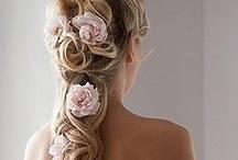 Wedding hair, bridal hair / Bride in, bridesmaid, wedding hair gives people ideas