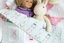 American Girl Doll Patterns and Tutorials / What girl ( or mom or grandma)  doesn't love to make things for their doll!  Free American Girl doll patterns and tutorials to make.