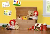 Amish Toy Chests and Toy Boxes / Our toy boxes and toy chests are all Amish handcrafted from solid hardwood.  Toy boxes makes a great holiday gift or birthday gift for that little special girl or boy in your life.  These toy chests are sure to be passed on for generations.