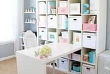 "Home Office / One of the secrets to succeeding at working from home is making a space, no matter how big or small, into your office. Lots of inspiration here to help you create a fabulous ""Money Making Mommy"" office space. We love helping moms work from home! Visit us and we can help you too: http://www.moneymakingmommy.com / by Kelly @MoneyMakingMommy"