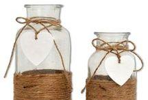 Dekorationsartikelverleih / Bei uns findet man alles, was für die perfekte Gestaltung von Tisch und Raum benötigt wird: Mieten Sie bei uns edle Kerzenständer, strahlende Windlichter, geschmackvolle Vasen, dekorative Accessoires uvm.   Mehr Informationen unter: www.dekoanddesign.de/dekoverleih