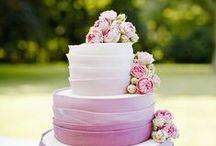Hochzeitstorte / Auch dieses süße Stück darf auf keiner Hochzeit fehlen. Hier ein paar Ideen und Beispiele die wir für Euch zusammengetragen haben <3 Bon Appétit