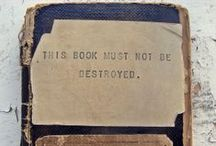 Books, sketchbooks, journals, moleskine... / I take refuge in the stories I live when I read / by Mona Soba Ledesma✮