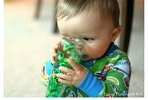 [Sensory] Infant Activities / Crafts and activities for infants and babies to learn through the five senses. Whether you are a care taker, educator or want to support your child's education at home, you will find tons of ideas, tricks and tips here!