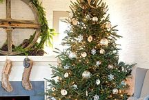 Christmas Trees / Lots of beautiful Christmas tree ideas.