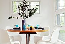 DINING ROOMS / Casual and versatile modern dining spaces. A lot of statement lighting, modern chairs and natural wood.