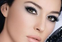 Great Makeup For Boudoir Pictures / The perfect makeup products and looks for boudoir pictures and any occasion! Makeup tutorials, smokey eyes, luscious lips and best makeup products.