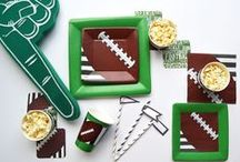 Superbowl Sunday. / Cheer on your favorite team with friends and these great party tips.