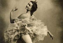 Graphics: ballerina