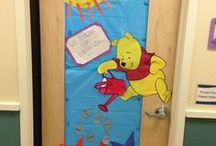 Door Displays and decorations / classroom ideas  / by Giovanna Feula