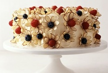 Cake Decorating / by Erin Heintz