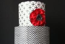 Cakes - 3 !!!!!!!!  / by Tânia Sarú