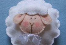 Crafts - Sheeps! / by Jocelyn Jens