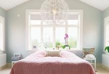 Design - Neutral Bedrooms / by Alyssa E.