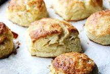 Brot, Brötchen und deftiges Gebäck