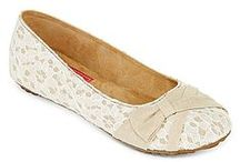 Flats / Fashion Flats for all occassions / by Misty Kelley