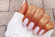 Nails & Stuff / by Jenni Kristiina
