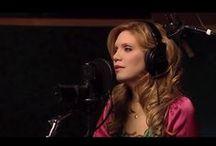 Lyrics & Music ♫ / song lyrics, music videos, singers, songwriters