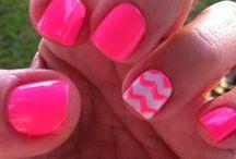 Nails / by Karin Demo