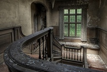 Ruins / by Rodolphe G