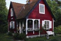 Tiny Houses / by Lesa Rock
