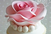 Cakes Cupcakes / by Angela Forney