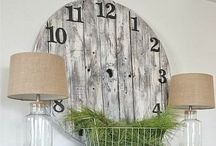 Pallet Projects for the Home / Tons of crafty ways to decorate your home with reclaimed pallet wood!