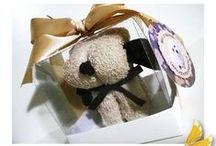 Que Cachorrinho lindo ! / Não é uma graça ? Uma lembrancinha super original, muito útil e simplesmente linda ! Seus convidados irão amar.....  Link: http://www.elo7.com.br/toalha-lavabo-cachorrinho/dp/6DEA9F