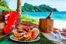 South Pacific Honeymoons / The South Pacific is probably the most romantic destination in the world, great for all you summer brides looking to honeymoon between April and September.